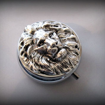Silver Pill Box ,lion head Pill Case, Gothic pill box, lion pill case , victorian style pill box, 3D pill box