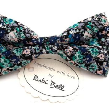 Bow Tie - floral bow tie - wedding bow tie - bow tie with green, blue, pale pink and black flower pattern - man bow tie - men bow tie