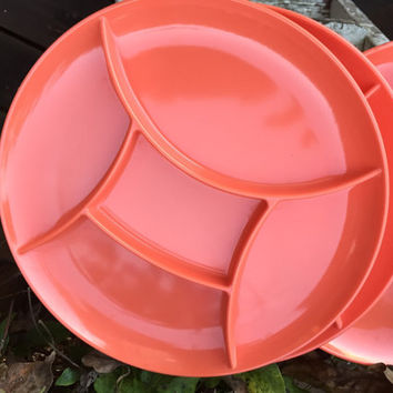 Retro orange fondue plates, Retro kitchen plastic divided picnic plates, camping dishes, melmac orange divided plates, 1980s kitchen dishes