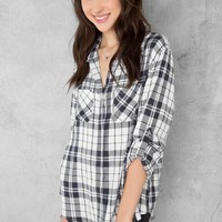 Shelby Plaid Buttoned Blouse