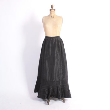 Vintage Victorian Skirt / 1900s Black Silk Ruffle Gathered Bustle Back Long Skirt XS