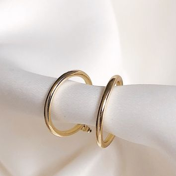 Valeria Minimal Small Gold Hoop Earrings