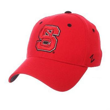 Licensed North Carolina State Wolfpack Official NCAA ZH X-Large Hat Cap by Zephyr 663356 KO_19_1