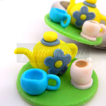 Edible Cupcake toppers Alice in Wonderland Tea Party Teapot and cups - Wonderland Fondant cupcake decorations Tea Party Cupcakes (3 pieces)