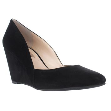 I35 Zarie Pointed Toe Wedges, Black, 6 US
