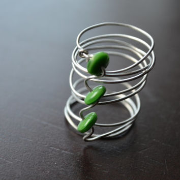 Wire Finger Cuff, Wrapped 3 Stone Ring, Green Beads Wire Ring, Bridal Jewelry, Wedding Jewelry, Bridesmaids Gifts, Handmade Recycled Jewelry