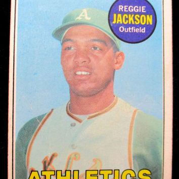 Reggie Jackson Athletics-Vintage Baseball Card- Topps #260-Very good condition- collectible 1969