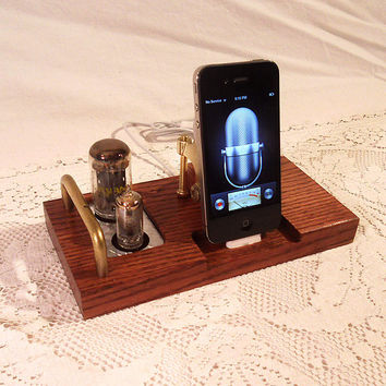 IPhone Dock - IPod Dock - Charger And Sync Station -- Oak - Tube Model Steampunk | Luulla