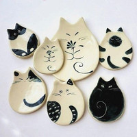 Cat Plate Ceramic Dish Trinket Cat Pottery Porcelain Dish Ring Plate Handmade Cat Lover Gift Cat Lady Black White Cat Design Whimsical Cat