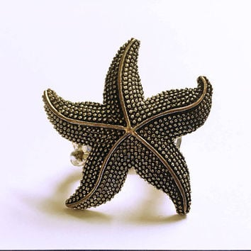 Starfish Ring -  Bridesmaid Ring - Beach Wedding - Stretch Ring - Star Ring - Modern - Beach - Statement Ring - Black and Silver - Gift Idea