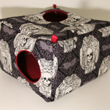 Large Cavy Cube Hidey Rat Hammock Ferret Guinea Pig Hamster Skull Cotton Fabric Bats Maroon Fleece Black Guineapigs Bed Hedgehog Home Gothic