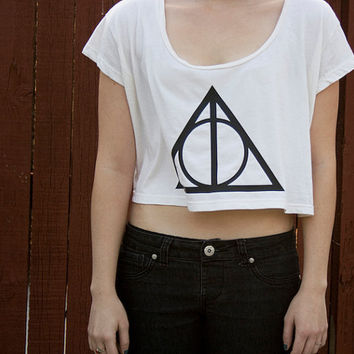 V-DAY SPECIAL - Deathly Hallows Loose Crop Tee - Harry Potter - One Size - Made to Order - American Apparel loose Crop top T