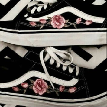 vans shoes with embroidered roses