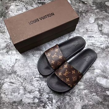 【Louis Vuitton】LV men and women Cloth slippers