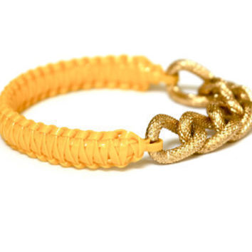 Lolabella: Classic Textured Sunshine Bangle