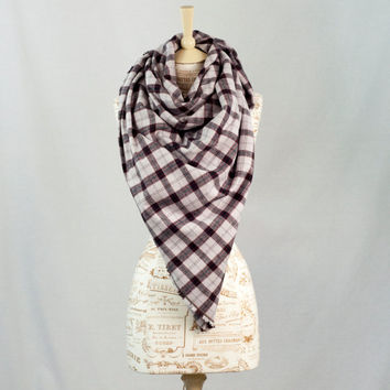 Blanket Scarf Plaid, Off White Oversized Tartan Wrap Scarf, Black Red Flannel Woven, Fashion Cowl  Scarf, Womens Scarves, Infinity Scarf