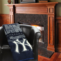 "New York Yankees The Northwest Company 46"" x 60"" Structure Micro Raschel Plush Blanket"