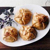 CULINAIRE - Four Beef Wellingtons - Horchow