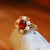 Vintage Ring / Vintage Cocktail Ring / Avon Ring / Cocktail Ring / Right Hand Ring / Statement Ring / Ruby Ring / Vintage Jewelry