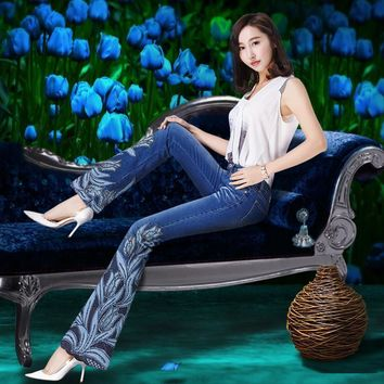 Spring Women Luxury Tulips Beading Embroidered Flared Jeans Female Boot Cut Embroidery