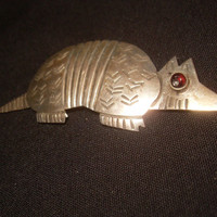 Mexican Sterling Silver Armadillo Pin Brooch