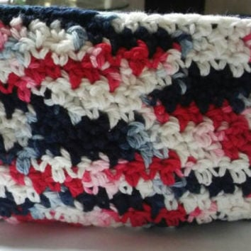 Red White and Blue Wrislet, Crochet Wristlet, 4th of July Wristlet, Wristlet,  Independance Day Inspired Wristlet, Ready to Ship