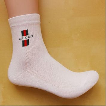 GUCCI youth trend in the tube socks cotton sports socks Four Seasons deodorant socks 8 pairs of mail  White