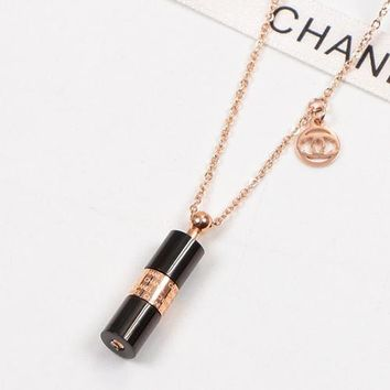 8DESS Chanel Women Fashion Cylinder Chain Necklace Jewelry