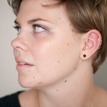 cartilage ring. simple cartilage piercing. sterling silver swag chain earring. cartilage hoop. cartilage earring.