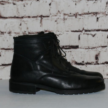 90s Ankle boots us 7.5 7  Black Leather Lace Up Bootie Minimalist Grunge Hipster Goth Boho Chunky 38