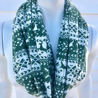 Chistmas Scarf-Green and White Reindeer Flannel Handmade Infinity Scarf-Winter Chunky Scarf-Gifts for Her-Toddler Kid's Scarf-Mommy and Me