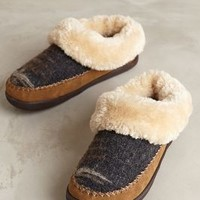 Woolrich Dove Creek Slippers by Anthropologie Neutral Motif