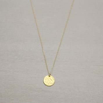 Hammered Gold Disc Necklace // Personalized Initial Pendant // HAMMERED DISC Necklace // Vermeil Gold Tag on 14K Gold Fill Chain