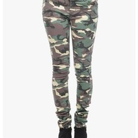 Green Armed and Ready Skinny Jeans | $10.00 | Cheap Trendy Jeans Chic Discount Fashion for Women |