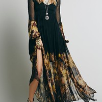Black V-neck Sheer Sleeve Floral Asymmetric Hem Maxi Dress
