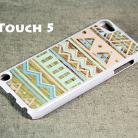 Color Seamless wood iPod Touch 5 Hard Case