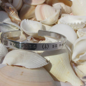 No Worries Be Happy Hand Stamped Bracelet (N4613)