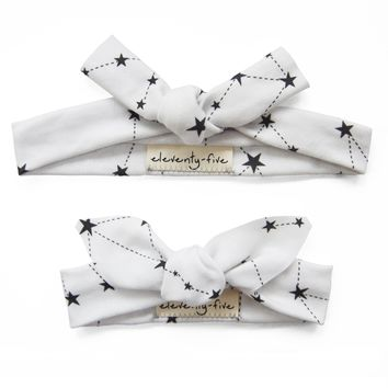 Set of Two Stars in the Zodiac Constellations in Black on Grey Organic Stretch Knit Head Tie For Mom & Baby