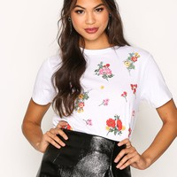 Floral Puff Print T-shirt, New Look