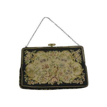 Pre-owned Vintage 1920's Needlepoint Purse