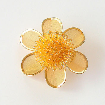 Vintage Gold Mesh Flower Brooch 1960s Flower Pin Flower Power Daisy Pin