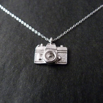 Camera Necklace, Sterling Silver, Photography Jewelry, Photographer Gift, Capture moment, Memories