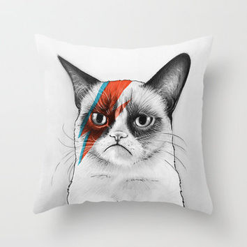 Grumpy Cat as Grumpy Bowie, David NOie Throw Pillow by Olechka