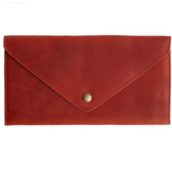 Sobre Leather Clutch Scarlet