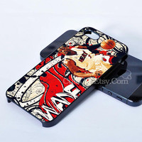 Dwyane Wade Miami Heat - Print Hard Case iPhone 4/4s or iPhone 5 Case - Black or White Bumper (Option)