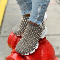 christian louboutin Increase Comfortable Rivet Daddy Sports Shoes