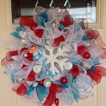 Christmas in July, Christmas Wreath, Deco Mesh Wreath, Elf, Snowflake Wreath, Christmas Decoration, Whimsical Wreath, Whimsical Christmas