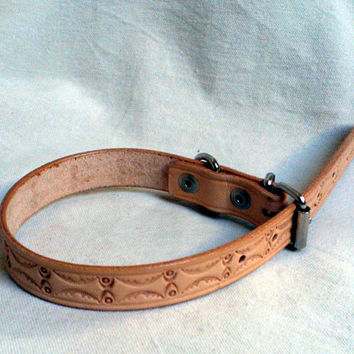 "leather dog collar, natural, tooled geometric design, 3/4"" wide"