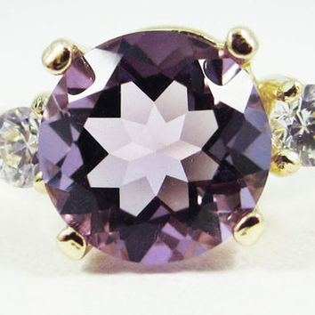 Lavender Amethyst and CZ Ring 14k Yellow Gold