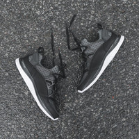 Nike Lunar Huarache Light SP - Black / White